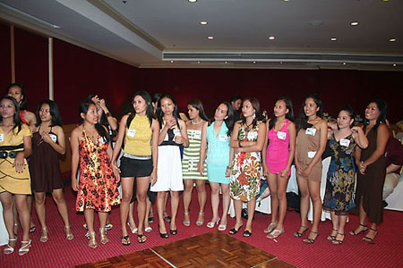 Sey Filipino Women